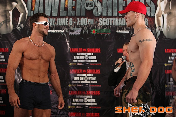 StrikeForce_WeighIn_PhilBaroni_Stare