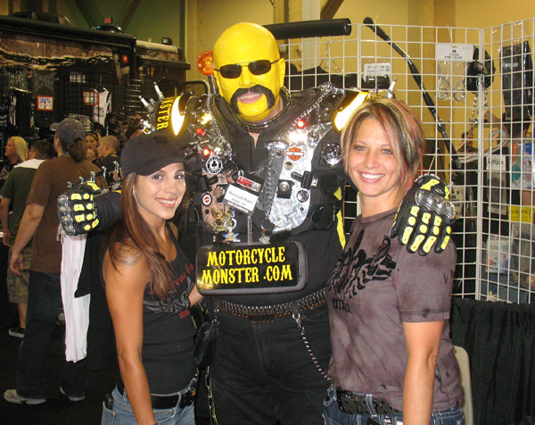 UFC100_Expo_YellowGuy